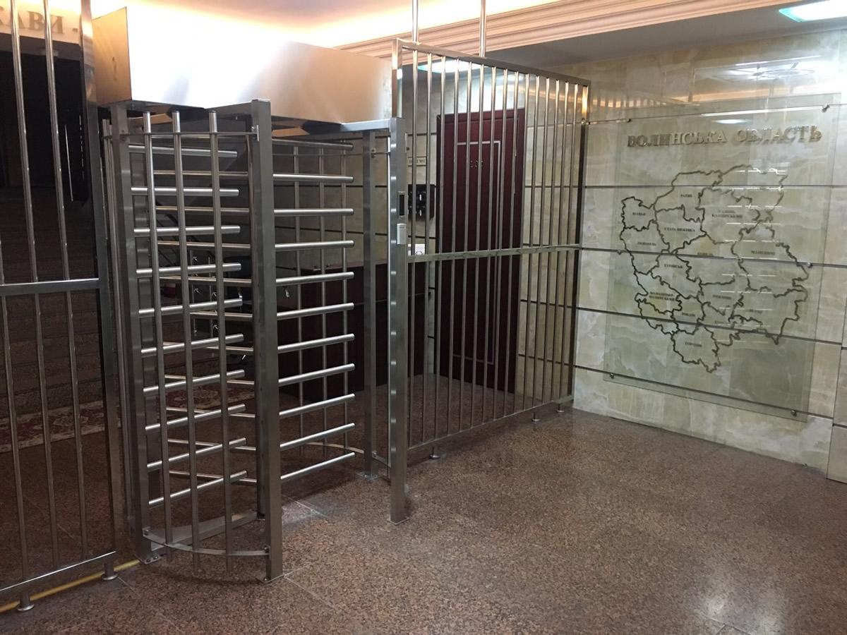 Установка турникетов в Мариуполе